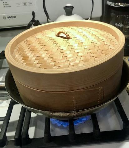 Steamer basket for fish